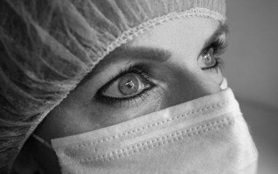 Interventi dermatologici con finalità terapeutica e danni da omessa informazione del paziente