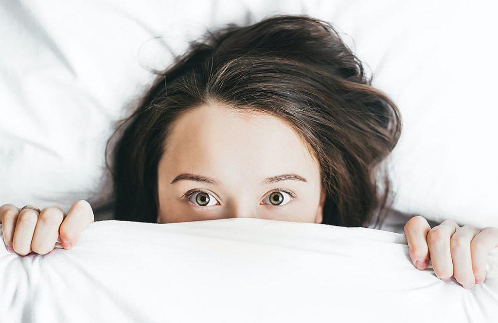 la Food and Drug Administration ha approvato la crema al clascoterone all'1% nella terapia topica contro l'acne vulgaris